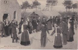 Bv - Cpa Noce Au Pays Des Bigoudens - Le Bal De La Gavotte - En Bretagne - Marriages