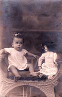ENFANT & JOUET : FILLETTE & POUPÉE / CHILD With TOY : GIRL & PUPPET - VRAIE PHOTO / REAL PHOTO : ARAD 1921 (af471) - Unclassified