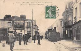Challans       85     Départ Du Train Pour Fromentine       (voir Scan) - Challans