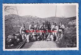 5 Photos Anciennes - Sud De La France ? - Manoeuvre & Caserne De Soldat Du 28e Régiment - Casque Uniforme Fusil - Krieg, Militär