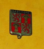 ARMEE DE L'AIR : Escadron Bombardement 1 - 19, GASCOGNE, Rouge Et Argenté, FABRICANT DRAGO PARIS NICE ,43 RUE OLIVIER ME - Armée De L'air