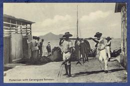 CPA SEYCHELLES - FISHERMAN WITH CARANGUES BATEAUX - PECHEURS - Seychelles