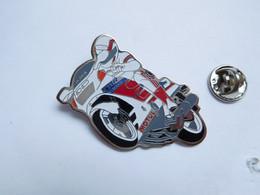 Beau Pin's , Moto Honda CBR , Oil Motul - Motorbikes