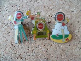 PIN'S    PIN UP LOT DE 3 - Pin-ups