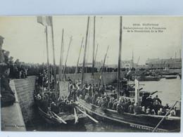 CPA - Guilvinec - Embarquement De La Procession De La Benediction De La Mer - Guilvinec