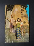 CPSM INDONESIE - BALI - Offrandes De Fleurs Pour Le Festival Du Temple - Indonesia