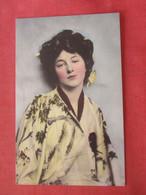 The Milkado's Bride  Evelyn Nesbit.   Ref  4381 - Artisti