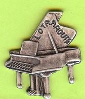 Pin's Piano Lotraroute (Relief) - 1D29 - Musica