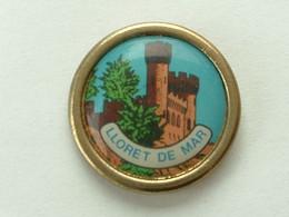 Pin's LLORET DE MAR - Cities