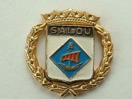 Pin's VILLE DE SALOU - ESPAGNE - Cities