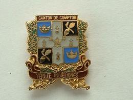 Pin's CANTON DE COMPTON - CANADA - Cities