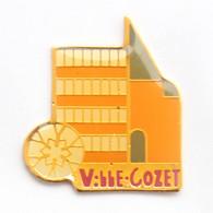 Pin's MONTLUCON (03) - Quartier VILLE COZET - Bâtiments - Sdie- J680 - Cities