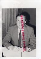 23-   AUBUSSON -ROGER DANJEAN DIRECTEUR PHILIPS ECLAIRAGE  -RARE PHOTO ORIGINALE GUINOT  1986 - Identifizierten Personen