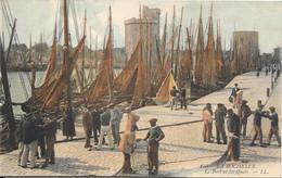LA ROCHELLE - Le Port Et Les Quais - La Rochelle