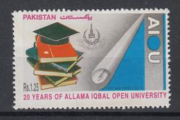 Pakistan 1995 20th Anniversary Of Iqbal Open University. Single. MNH. VF. - Pakistan