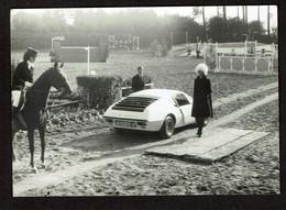 Photo 12,5 X 9 Cm - Alpine Renault Sur Un Terrain D'équitation - Voir Scan - Automobili