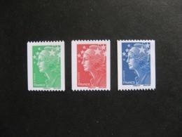 TB Série N° 4239 Au N° 4241 , N° Noir Au Verso, Neufs XX. - France