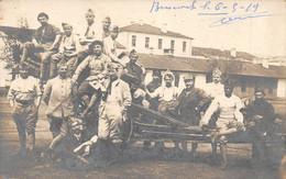 CPA ROUMANIE BUCAREST CARTE PHOTO DE MILITAIRES - Roumanie