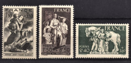 FRANCE 1943 - LOT 3 TP NEUFS**  Y.T. N° 584 / 585 / 586 / - France