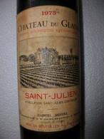 BOUTEILLE DE VIN PLEINE . 1975 CHATEAU Du GLANA . SAINT JULIEN .PROPRIETAIRE   GABRIEL MEFFRE . A St JULIEN  BEYCHEVELLE - Vin