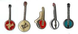 M3 - BANJOS - LOT De 5 Pin's Différents - Musica