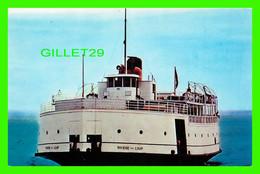 """BATEAU TRAVERSIER """" LA RIVIÈRE DU LOUP """"  UNIC - CIRCULÉE EN 1968 - - Ferries"""