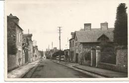 DUCEY. CPSM. La Route D' Avranches. - Ducey