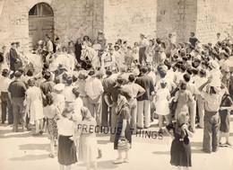LES SAINTES MARIES DE LA MER ?  13   PHOTO  BENEDICTION DES CHEVAUX ET ABRIVADO SUR LA PLACE - Saintes Maries De La Mer