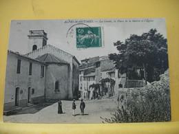 06 175 CPA - LA GAUDE - LA PLACE DE LA MAIRIE ET L'EGLISE - 1911 - ANIMATION - Otros Municipios