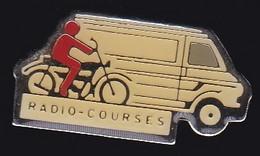 67029-Pin's.Radio Courses - Medien