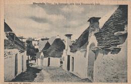 ALBEROBELLO - VIA MONTENERO DELLA ZONA MONUMENTALE TRULLI - Bari