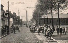 Paturages  Rue De La Perche Super Animée Circulé Dans Une Enveloppe - Colfontaine