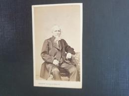CDV ANCIENNE VERS 1870 Représentant Un Homme élégant. Photographe G. PENABERT. PARIS. PHOTO Mr BONVALET - Alte (vor 1900)