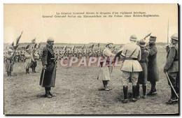 CPA Militaria Le General Gouraud Decore Le Drapeau D&#39un Regiment Heroique - Uniformes