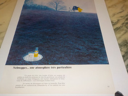 ANCIENNE PUBLICITE ATMOSPHERE UN  SCHWEPPES 1971 - Posters