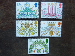 1980  Christmas  SG = 1138 / 1142   **  MNH - 1952-.... (Elizabeth II)