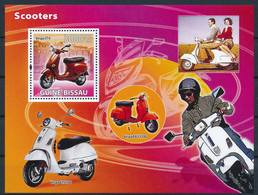 NB - [401004]TB//**/Mnh-Guinée-Bissau 2008 - Scooters, Vespa - Motorfietsen