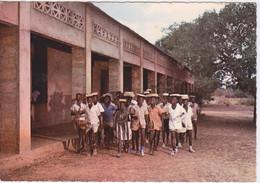HAUTE VOLTA - ECOLIERS VOLTAIQUES - CARTE PHOTO DENTELEE - Burkina Faso