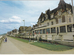 Cabourg - La Digue - Cabourg