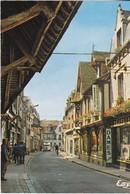 Cabourg - Dives-Sur-Mer - L' Entrée Des Vieilles Halles Et La Rue Paul Canta - Cabourg