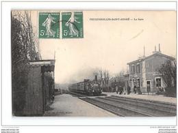 CPA 14 Feuguerolles Saint André La Gare Et Le Train - Altri Comuni