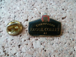 PIN'S   CHAMPAGNE  RAOUL COLLET - Boissons