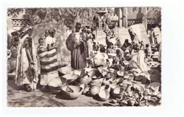 Mali Bamako Marchand De Calebasses Au Grand Marché CPSM PF - Malí