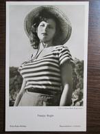 Nadja Regin - Serbian Actress - Mujeres Famosas