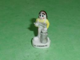 Fèves / Personnages / Métiers : La Cremiere     T22 - Characters