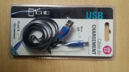Cable De Chargement USB 2.00 Pour Téléphone Tablette - Etat Neuf Fil Plat Tête Lumineuse Micro USB Led Long 1 Mètre - Telephony
