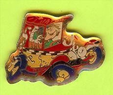 Pin's BD Gaston Lagaffe Voiture Automobile - 6D13 - Fumetti
