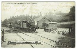 CPA - 76 - GRUCHET LE VALASSE - Gare - Trains Vapeur - Locomotive 3002 - Passage à Niveau ***BELLE CARTE*** - Altri Comuni
