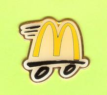 Pin's Mac Do McDonald's Service Au Volant - 6D16 - McDonald's