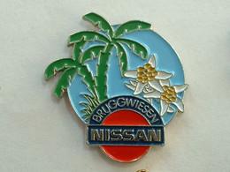 Pin's NISSAN - BRUGGWEISEN - SUISSE - Sonstige